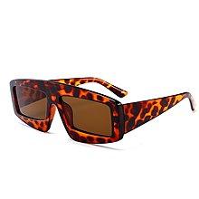 [馳騁]2001現貨7-11全家快速到貨韓國韓版鏡框墨鏡太陽眼鏡鏡框跨境款貓眼窄框太陽鏡歐美潮流街拍超酷熱銷小墨鏡885