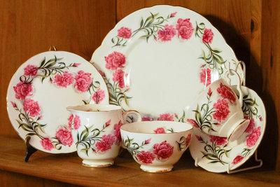 【旭鑫骨瓷】ROYAL Stafford紅花系列英國骨瓷 瓷器杯組(B.17)