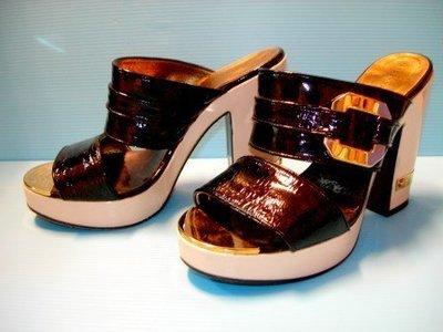 LV設計師 MARC JACOBS 黑漆皮金扣卡迪亞螺絲釘厚底高跟鞋