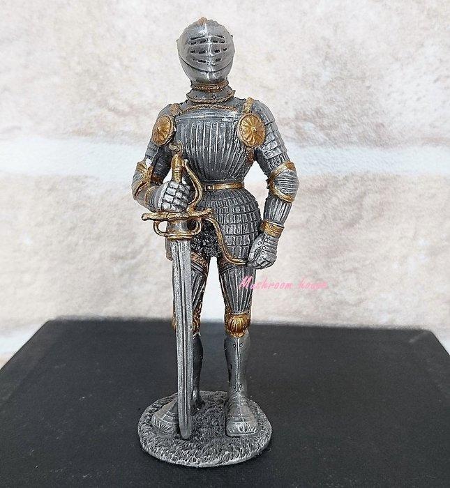 點點蘑菇屋{合金武士擺飾}合金中古武士(八)~右手握劍 鐵甲武士 歐洲中古世紀羅馬 盔甲武士 現貨
