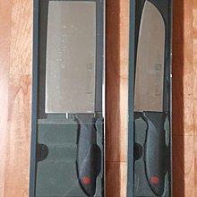雙人牌 Twin(日式廚刀售1299元 / 中式片刀售1699元)