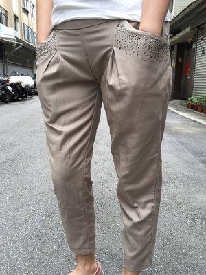 二手口袋水鑽卡其色七分褲