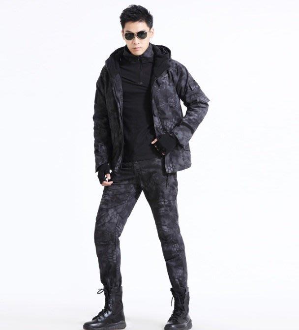 暖暖本舖 G8蟒紋 迷彩衝鋒外套 加絨外套 刷毛外套 防水面料 防風 軍外套 軍大衣 秋冬外套 羽絨外套 卡比獸 搖粒絨