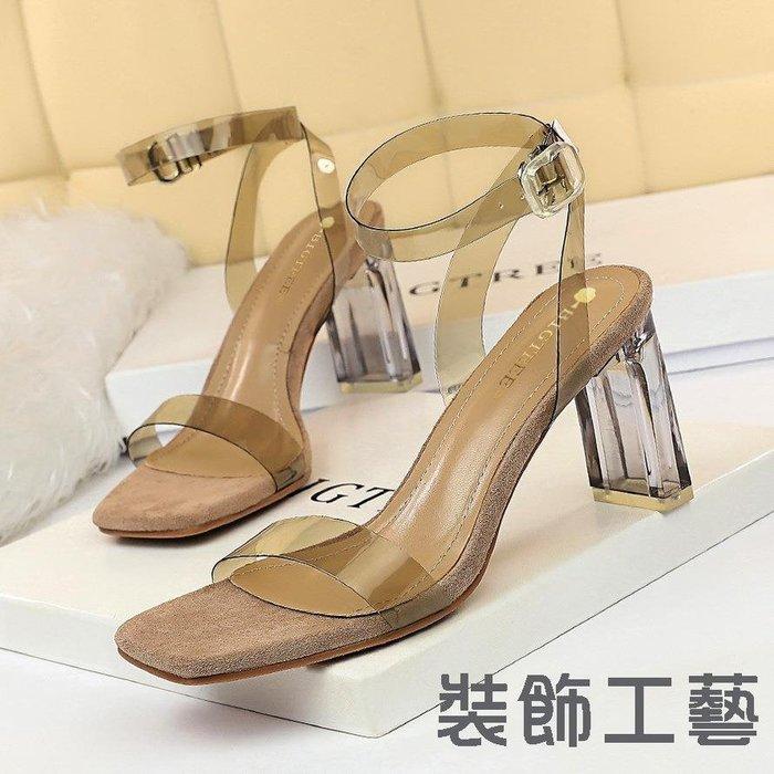 612-1韓版時尚水晶跟粗跟高跟方頭露趾鏤空透明一字帶皮帶扣涼鞋