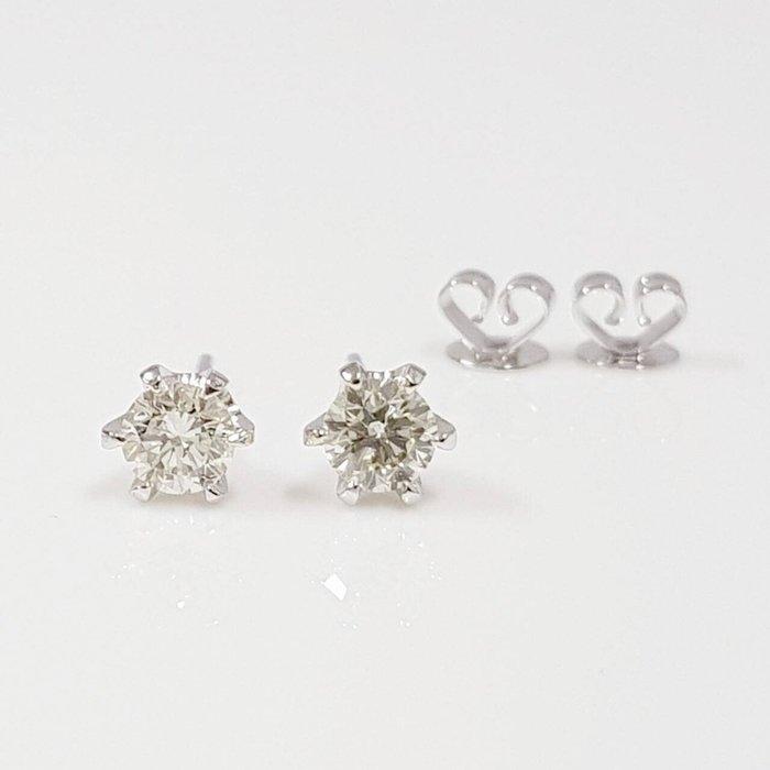 送禮禮物禮品 天然鑽石耳環 鑽石每顆30分 8心8箭 585K金六爪耳針扣 附店保卡精美盒裝 大眾當舖 編號5919