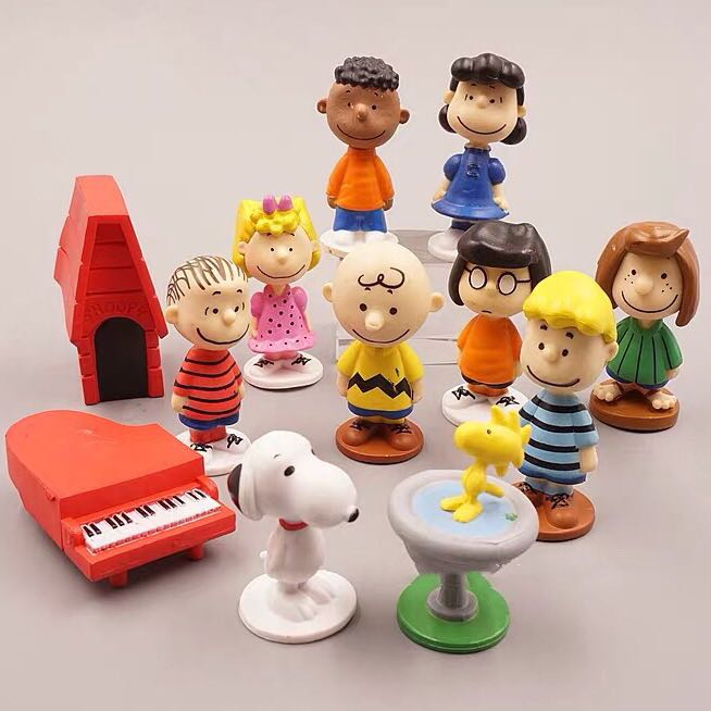 《瘋狂大賣客》SNOOPY 史努比 查理布朗 糊塗塌客 莎莉布朗 奈勒斯 佩蒂 瑪茜 露西 富蘭克林 公仔 擺件 蛋糕 創意 造型 卡通 動漫 玩具 禮物 模型