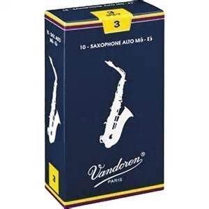 【六絃樂器】全新法國 Vandoren 中音薩克斯風竹片 / 密封防潮 藍盒包裝