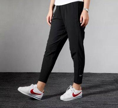 =E.P=Nike ESSNTL PANT 7_8 運動長褲 慢跑褲 全黑 上寬下窄 女款 BV2899-011