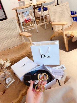 男真皮公文包手提包全套禮盒包裝手提袋Dior腰帶 最近很火哦!牛皮皮質!牛仔短款就歸它啦!寬度3cm 2cm (A393