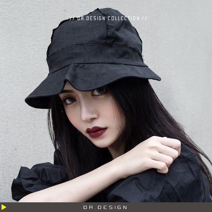 10/31新品►DR.DESIGN│DR31749特價-現貨 黑白各1-暗黑小眾 亞麻  YS風 獨特 造型漁夫帽 盆帽