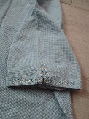 全新有吊牌 棉50%  機能服PIERRE BALMAIN 皮爾帕門  花朵  刺繡 短袖上衣