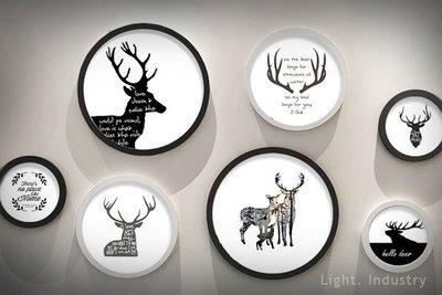 【 輕工業 】麋鹿黑白色圓相框實木相片牆 -圓形圓型小鹿可壁掛牆面照片餐廳客廳臥室 原木裝潢復古北