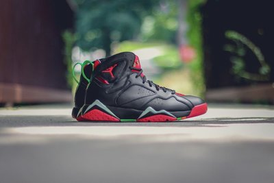 Nike Air Jordan 7 retro Marvin The Martian 304775-029火星人馬文黑紅
