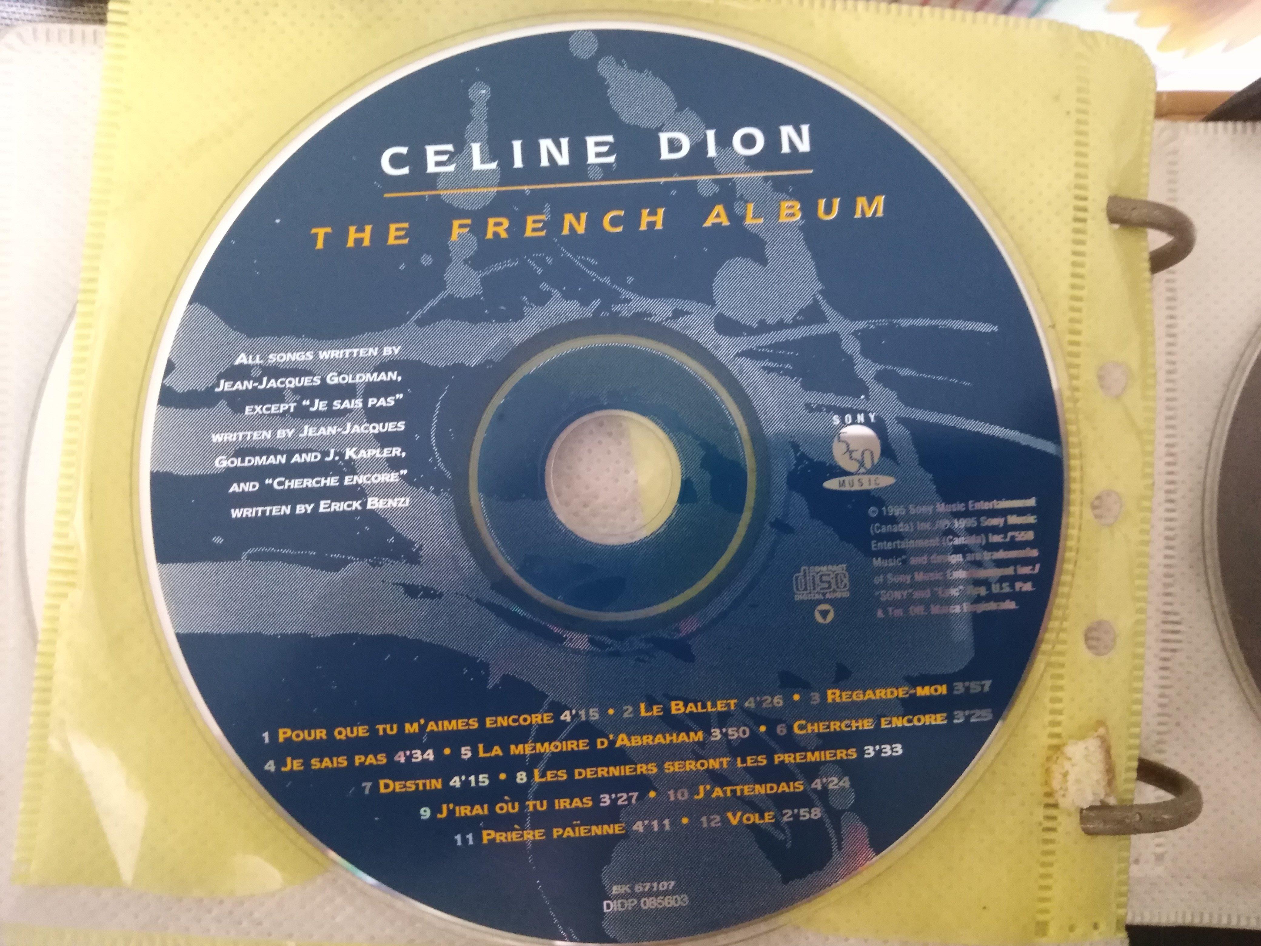 二手CD裸片 ~席琳狄翁CelineDio(法文專輯) CD 有一點點細紋,不影響音質