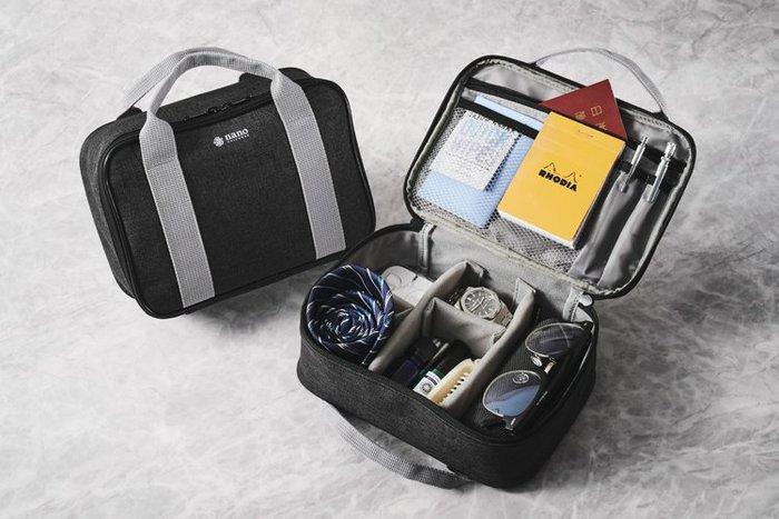 ☆Juicy☆日本雜誌附贈 nano universe 多功能 出國 旅行衣物 收納袋 盥洗包 化妝包 分類包 7209