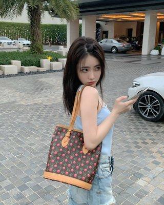 Queen Korea正韓夏季女裝kimyy  peach or cerulean吊帶背心針織開衫外套二件套夏2021套裝