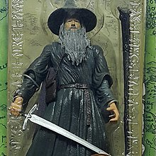 TOY BIZ LORD OF THE RINGS GANDALF THE GREY W/ STAFF 魔戒首部曲 魔戒現身 灰袍甘道夫 LOTR-81388