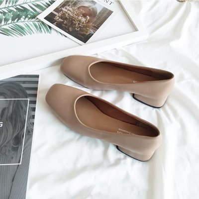 哆啦本鋪 方頭單鞋女平底淺口低跟粗跟奶奶復古裸色工作鞋黑色3CM D655