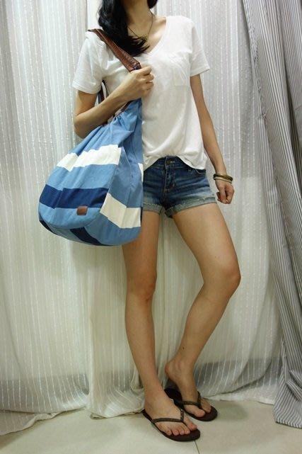 MISHIANA 品牌 PULL BEAR 女生款帆布藍色條纹單肩手提包.購物包 (新款上市.特價出售)