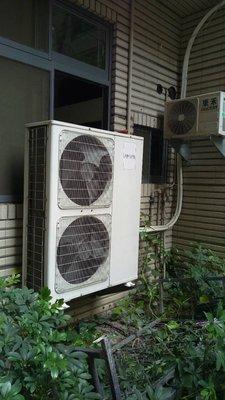 營業用冷氣 營業用冷氣  220單相  使用中功能  ***25000 未裝機價【限自己安裝價】