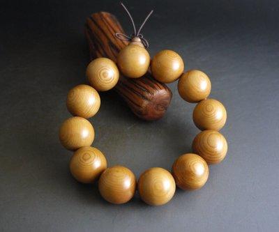 紅豆杉   2.0/ 12顆  取蕊 顆顆帶眼 精工打磨 無漆 無蠟    - K800