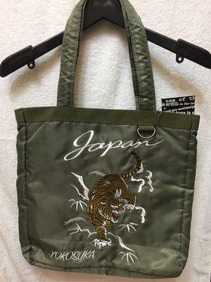 [變身館日本服飾]~Avoid damp~虎~老虎~刺繡~橫須賀~書包~肩背包~拖特包~日本購入~全新~現品~綠色