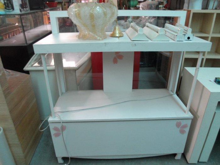 大高雄冠均二手貨家具---4尺    展示櫃    擺飾櫃     收納櫃     置物櫃    別錯過