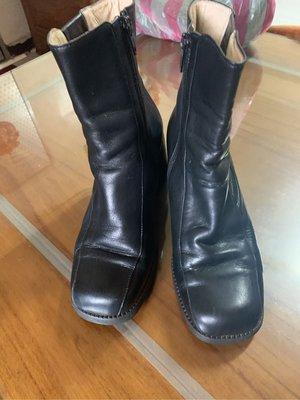 De sire短靴#23跟6cm長13cm鞋口12cm(鐵架一黑袋)本週特價不議價