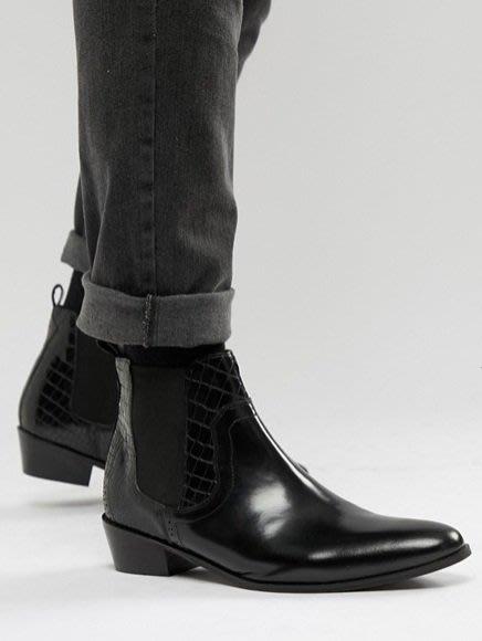◎美國代買◎ASOS代買鱷魚皮紋拼接素色皮革搭配彈性帶英倫雅痞時尚雙皮革印花拼接尖頭踝靴~歐美時尚~大尺碼