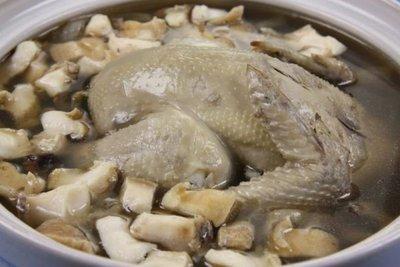 【滋補養生系列】鮑魚人蔘雞湯 智利生鮑魚/2顆約310g+全雞人蔘湯底(內含1隻全雞) ~真材實料