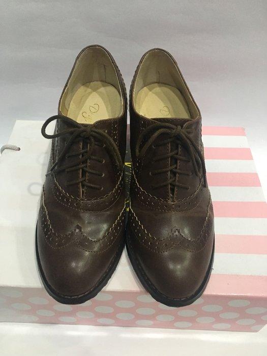 D+AF 英倫vintage .復古雕花牛津粗跟鞋 深咖啡色 38號