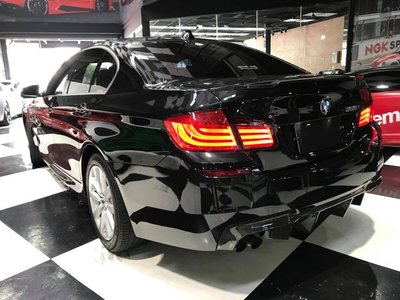 【耀天國際】BMW F10 F11 M5 V款 卡夢後下巴