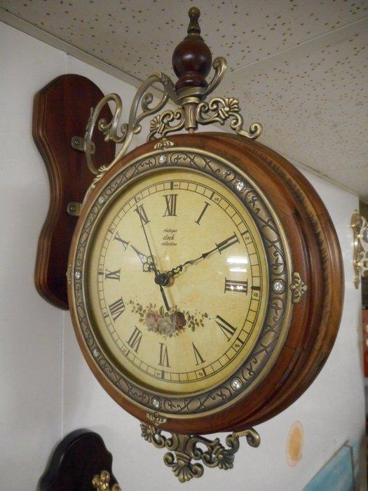 ~~凡爾賽生活精品~~全新英式鄉村玫瑰木頭雙面掛鐘