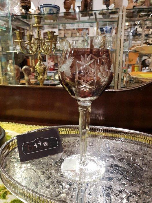【卡卡頌 歐洲跳蚤市場/歐洲古董】法國老件_手工雕刻 紫紅水晶高腳杯 葡萄 幾何 歐洲古董 g0174✬