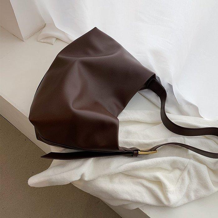 SeyeS  韓系自然風基本款簡約百搭肩背包