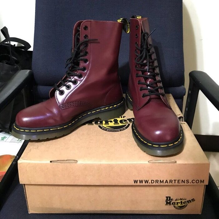 Dr.Martens 馬汀 十孔 Classic 1490 經典 酒紅 UK6 Cherry Red Rouge