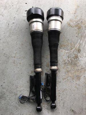W221 BENZ S350 S500 S550 後氣壓避震器