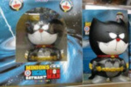 【紫色風鈴3】 哆啦A夢機器叮噹貓COS變身蝙蝠俠存錢罐擺件盒裝錢箱公仔 港版