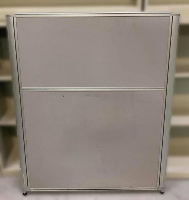 宏品2手家具館 二手辦公傢俱大特價 C80104*OA辦公隔間屏風* 辦公設備拍賣 辦公桌椅 書桌椅 會議桌 鐵櫃新竹