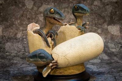 ***玩具high客***-NO.I99106-03-侏儸紀恐龍系列-英國REBOR-迅猛龍寶寶模型(限量版)