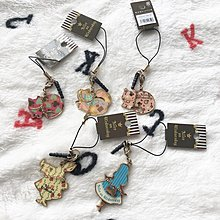 日本版 - Alice on Wednesday 水曜日的愛麗斯 愛麗絲夢遊仙境 白兔 電話繩 吊飾 閃石
