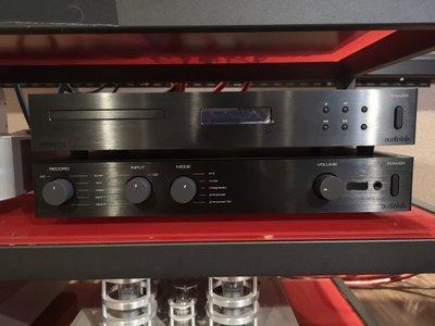 英國audiolab 8200 CD+AMP 一套西裝展示品 出清特價
