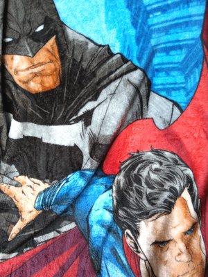 【卡漫迷】 超人 蝙蝠俠 毛毯 毯子batman superman 男童 涼被 薄毯 冷氣毯 披風 保暖 英雄 DC漫畫