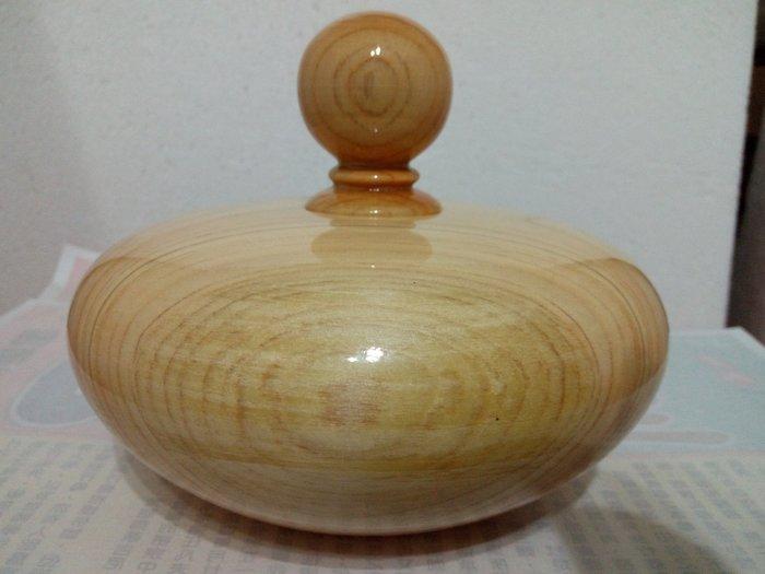 【九龍藝品】台灣黃檜 ~ 檸 檬 香 ~ 聚寶盆     寬約15.2公分           (12) F1135