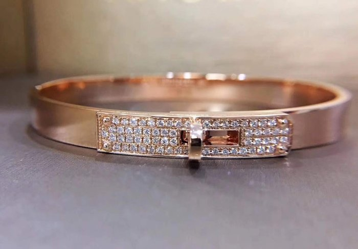 經典時尚18K金鑽石手環