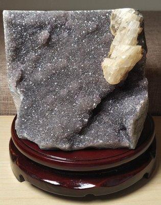 柏晶 烏拉圭異象灰細晶方解石球花晶鎮(含旋轉大木座) #249