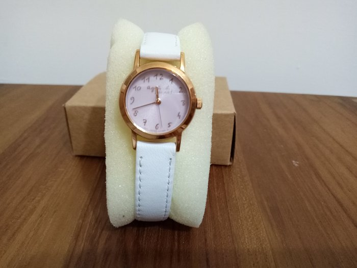 天使熊雜貨小舖~agnes b. 聖誕節限定版 白色真皮錶帶 25mm 9.7成新  無盒