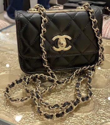 還有一顆 Chanel mini trendy cc $6xxxx 我愛麋鹿歐美精品全球代購since2005💜