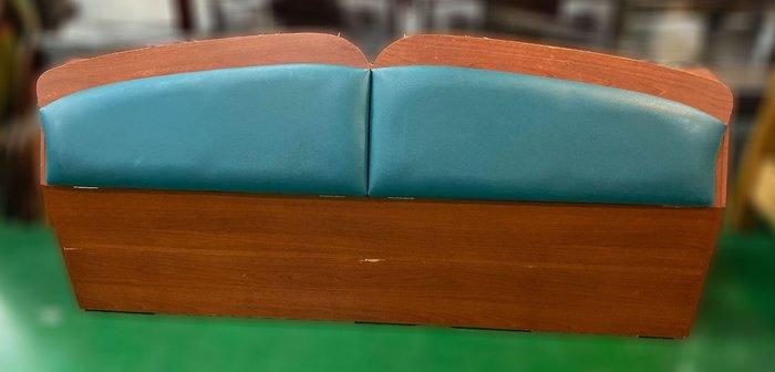 二手家具推薦【宏品二手家具館】B010714*六尺綠皮床頭櫃* 床底 收納架 床墊 2手家具拍賣 沙發 茶几 電視櫃