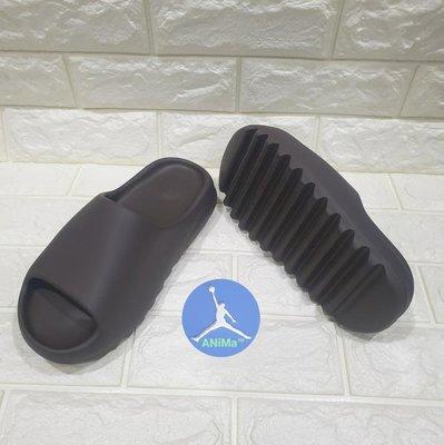 ANiMa™ GX6141 adidas YEEZY SLIDE soot 咖啡 拖鞋 US6 24.5cm 炭火